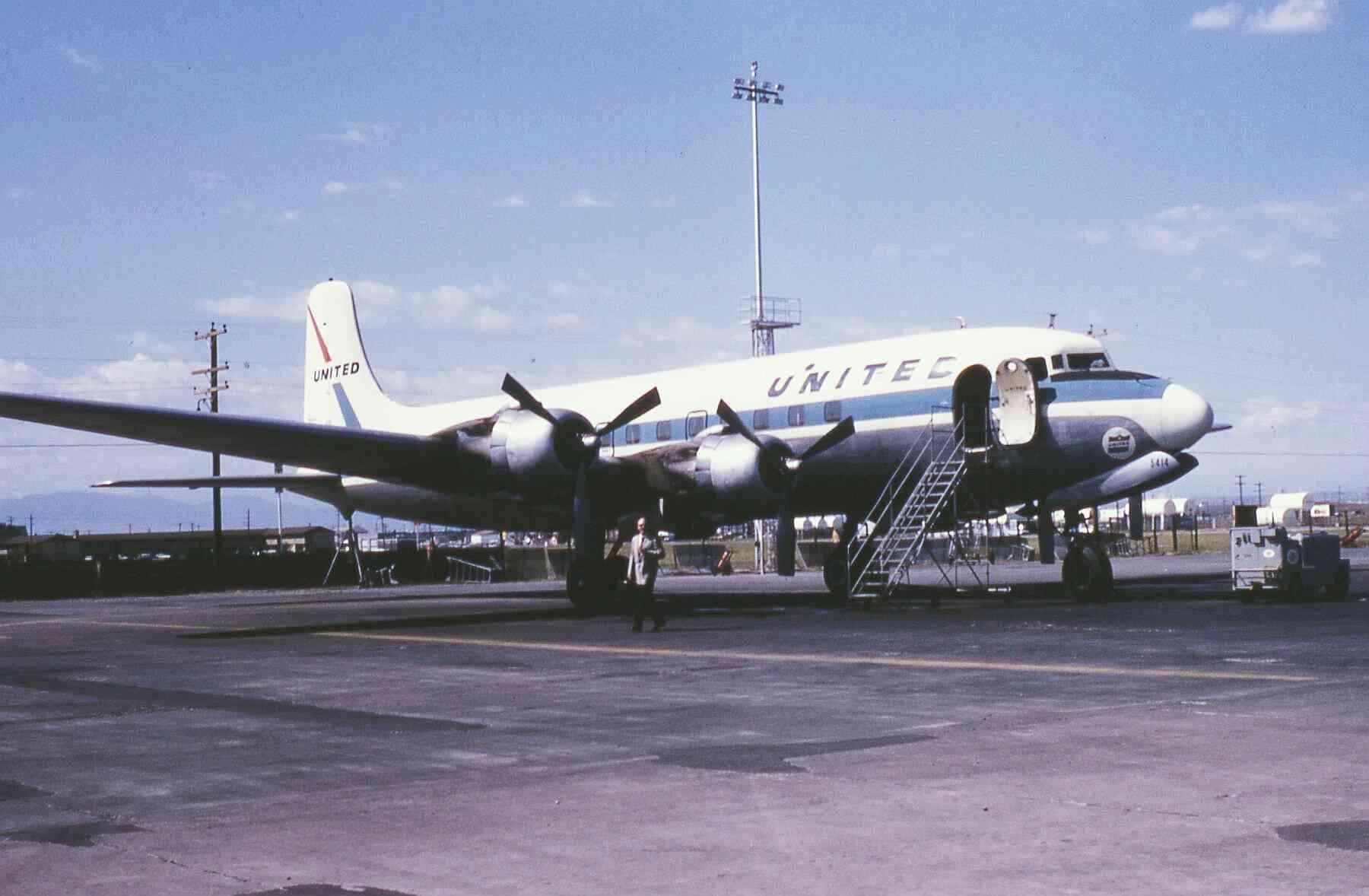 Meet Lynne – former Flight Stewardess for United